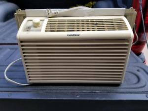Window air conditioning unit
