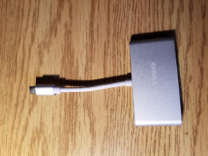 USB-C hub to USB3 and 2 USB2 extend you Phone or PC port