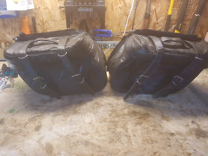 6 pcs saddle bags and luggage