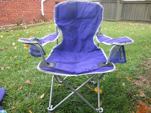 Purple childrens' camping chair