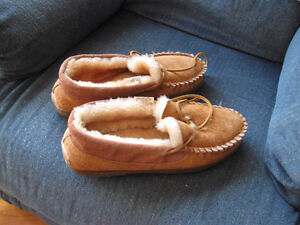 MENS SLIPPERS SIZE 8
