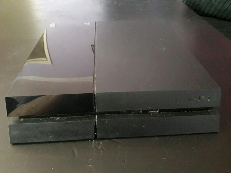 Broken PS4 500gb   in Fishponds, Bristol   Gumtree