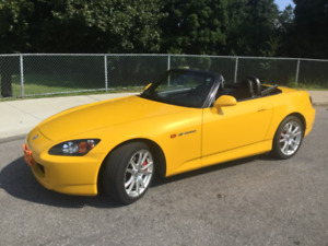 2005 Honda S2000 Convertible -Rio yellow AP2