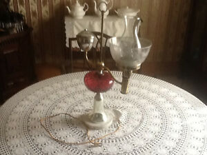 Vintage electric oil lamp