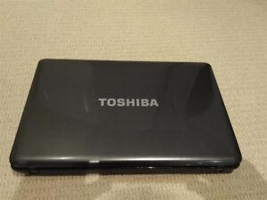 """2xToshiba Satellite L655 i3-380M 16"""" 500GB  4GB HDMI eSata"""