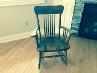 Rocking Chair - Solid wood