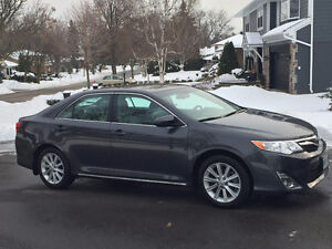 2012 Toyota Camry XLE - Grey - Loaded - 1 Owner - No Accidents
