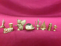BRASS LOT AND EVERYTHING IN PICTURES