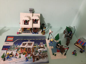 Retired Hard to Find Lego Creator Christmas Bakery