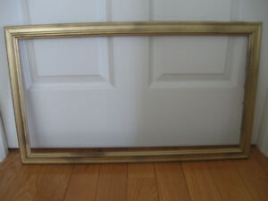 """ATTRACTIVE OLD VINTAGE 1.5"""" wide GROOVED WOODEN PICTURE FRAME"""
