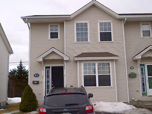 NEAR AVALON MALL - 4 BR HOUSE MOSS HEATHER DRIVE FOR RENT