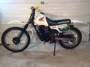 1987 XR 100 HONDA IN NEW CONDITION