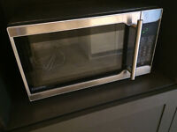 Micro-ondes Danby Designer / Microwave / Micro onde Stainless