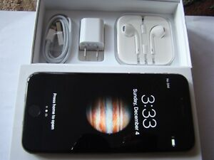 Apple iPhone 6 64GB Factory Unlocked in Box Mint Condition