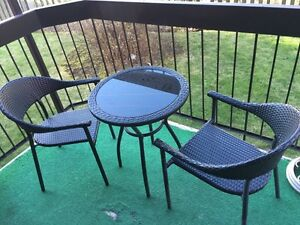Patio table with 2 chairs