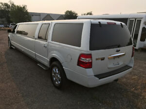 2008 Ford Expedition Limousine