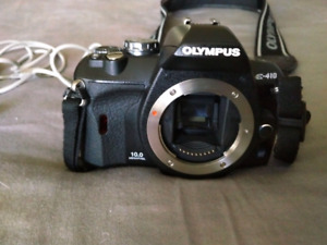 Olympus E410 SLR camera and accessories