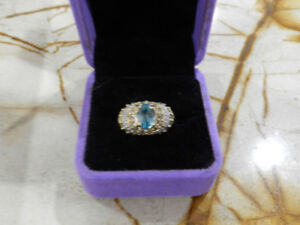 Gorgeous 2.5ct High Grade Aquamarine Ring 14K Sz7