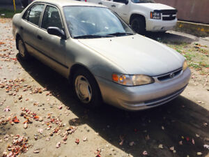 2000 Toyota Corolla Automatic A/C 999$ tax included