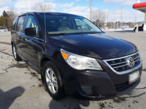 2010 VW Routan for sale