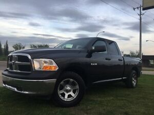 2010 Dodge Ram 1500 QUAD CAB 4X4 = 4.7L = NEW WINDHSEILD