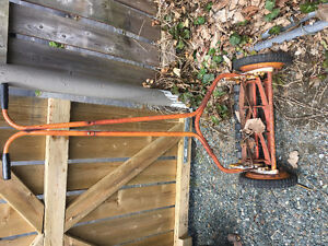 Old made in England suffolk mower , works excellenti