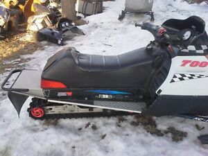 parting out polaris sleds 98 to 04 twins
