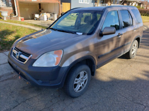 2003 Honda CRV AWD comes with remote starter