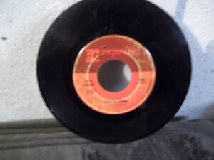 """45 RECORD """"LADY MADONNA"""" BY FATS DOMINO"""