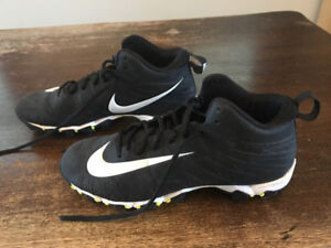 Nike Football Cleats sizes 7 & 8