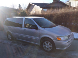 *** ALL WHEEL DRIVE MINIVAN ***