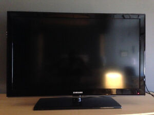 Samsung 38 inch TV in excellent condition