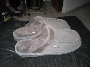 "Brand New Nuknuuk ""Ed"" Slipper - Size 11"