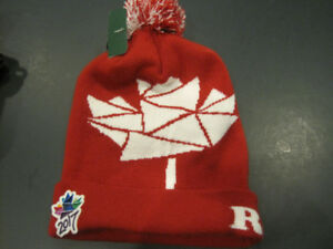 NEW Roots Pompom Toque