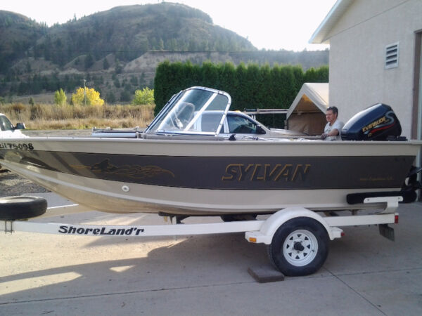Used 1999 Sylvan Ind 1600 Expedition LX