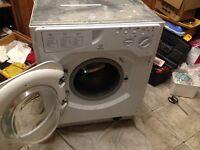 Integrated washing machine Indesit