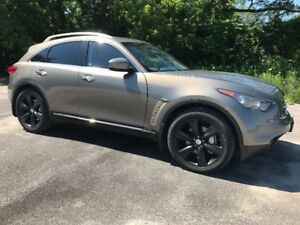 2010 Infiniti FX 50 S AWD ( ONLY 89000 km's ) SUV, Crossover