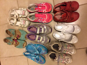 Girl size 12-13 shoes London Ontario image 1