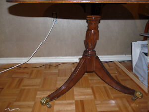 TABLE ANTIQUE -BOIS VERITABLE West Island Greater Montréal image 2