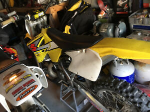 2003 SUZUKI RM250 FRESH MOTOR AND UPGRADE'S $3000 OBO