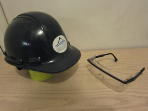 For sale CSA approved Hard Hat and free safety glasses