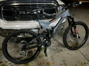 Scott Nitrous 10 mountain bike