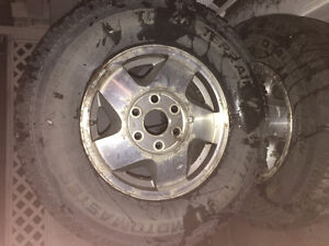 Rims and tires off 1990-1998 GMC/Chev 6 Bolt 70x140mm $160 obo