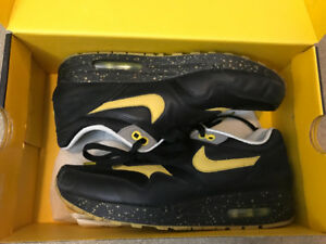 LIVESTRONG AIR MAX 1 SIZE 8