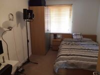 Spacious Double room £525pcm in Walthamstow E174SH.. AVAILABLE NOW ! THIS WILL GO QUICK!!!