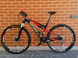 "2012 Scott Spark Expert 29"" - Carbon Fibre - Mountain Bike"