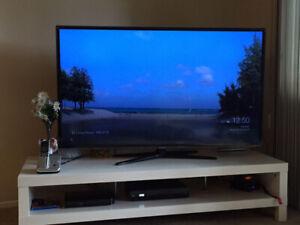Samsung 55-Inch UN55ES6100 1080p 120Hz Slim LED .