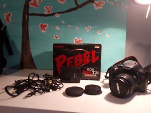 Appareil photo Canon Rebel T2i comme neuve