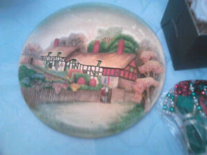 Anne Hathaway's Cottage collector plate-Assiette de collection