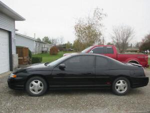 2002 Chevrolet Monte Carlo Coupe (2 door)